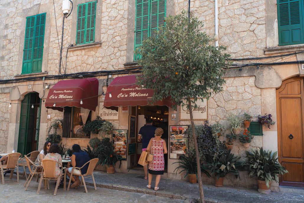 Comer y beber en Valldemossa